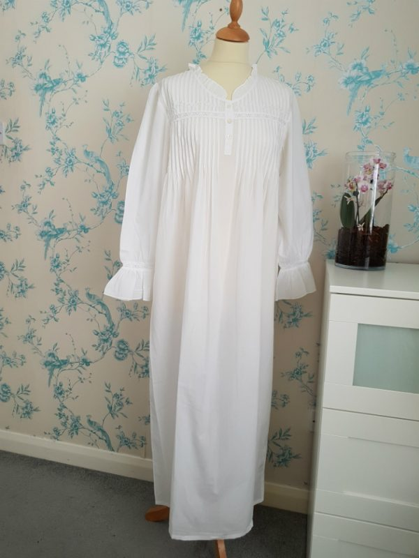 V-Necked Long Sleeved Nightie